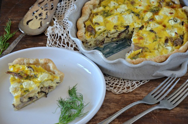 Quiche with Caramelized Onions, Mushrooms, Goat Cheese and Dill www.mountainmamacooks.com