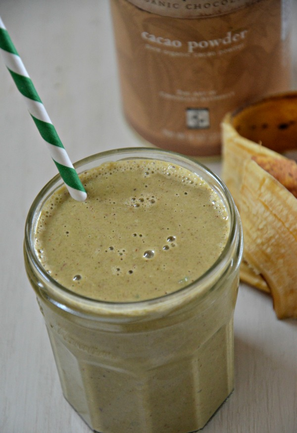 Chocolate Banana Green Smoothie | www.mountainmamacooks.com