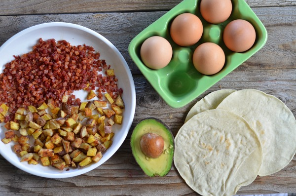 Egg, Pancetta and Potato Breakfast Tacos | mountainmamacooks.com