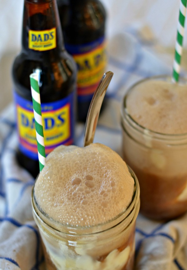 Ultimate Root Beer Float | mountainmamacooks.com
