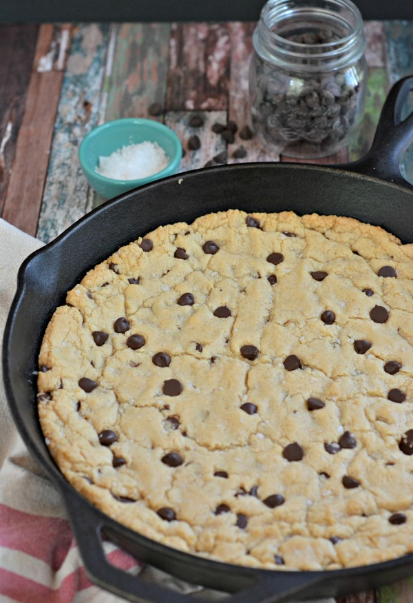 Chocolate Chip Skillet Cookie | mountainmamacooks.com