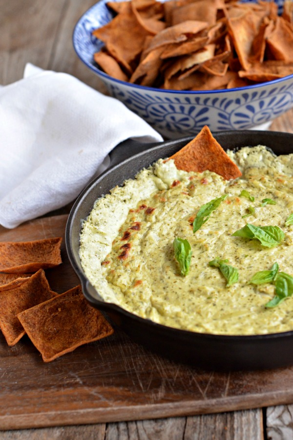 Baked Pesto Goat Cheese Dip | mountainmamacooks.com