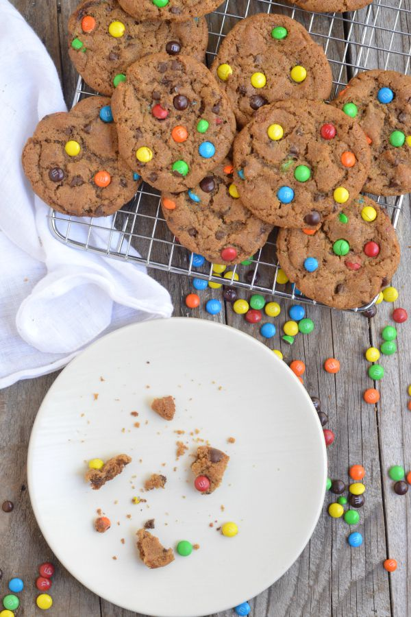 Brown Butter M & M Cookies | mountainmamacooks.com