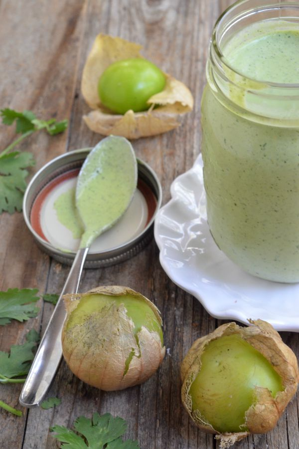 Creamy Tomatillo Cilantro Ranch Dressing | mountainmamacooks.com
