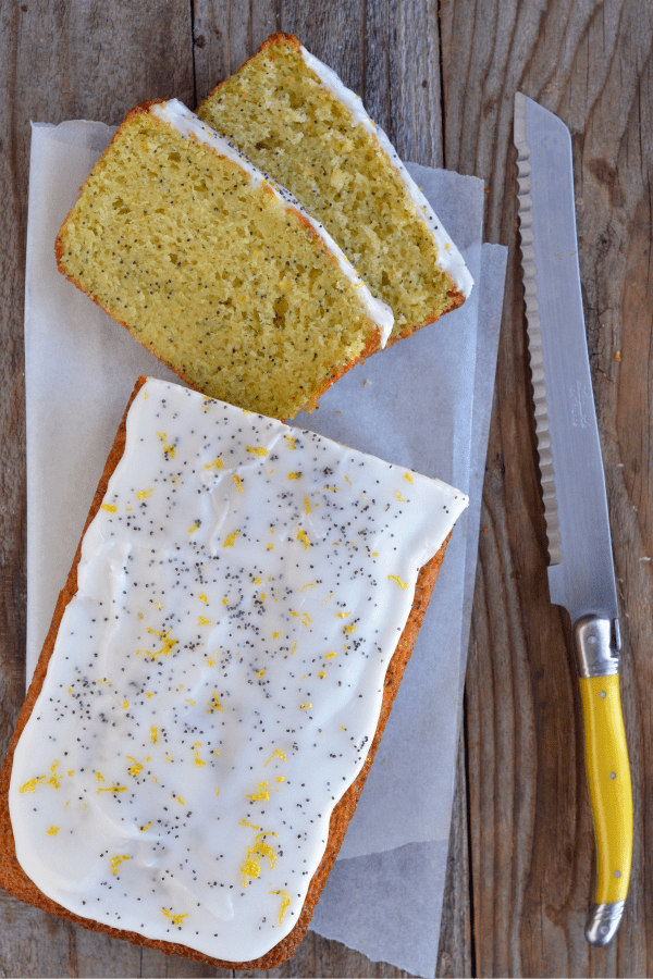 Lemon-Olive Oil Poppy Seed Cake | mountainmamacooks.com