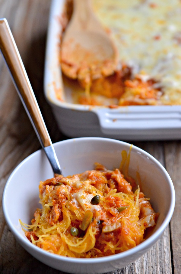 Baked Spaghetti Squash Puttanesca | mountainmamacooks.com