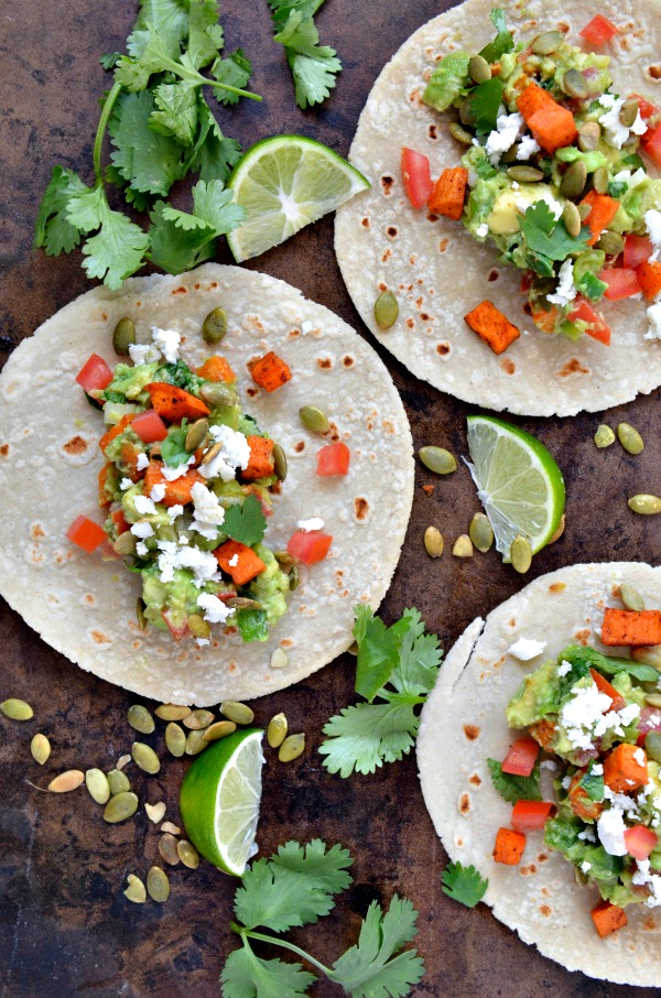 Loaded Guacamole Tacos | mountainmamacooks.com #EatSeasonal