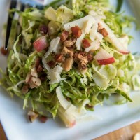 Shredded Brussels Apple Salad | www.mountainmamacooks.com