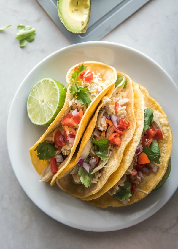 Instant Pot Chicken Ranch Tacos   www.mountainmamacooks.com