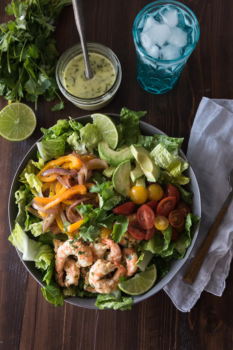 Shrimp Fajita Salad | www.mountainmamacooks.com