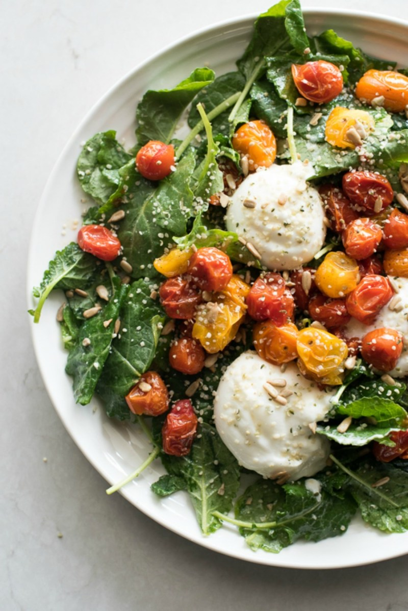 Baby Kale Salad with Burrata and Roasted Tomatoes | www.mountainmamacooks.com