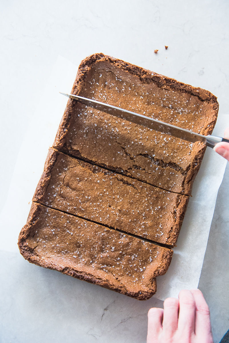 Molasses Cookie Bars | www.mountainmamacooks.com