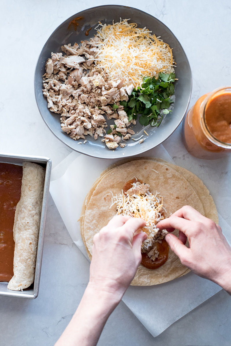 Easiest Chicken Enchiladas | www.mountainmamacooks.com