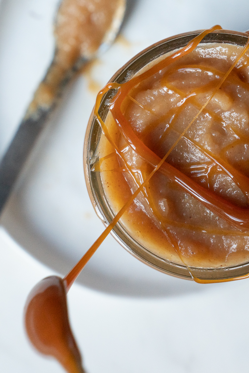 Apple butter with caramel sauce. www.mountainmamacooks.com