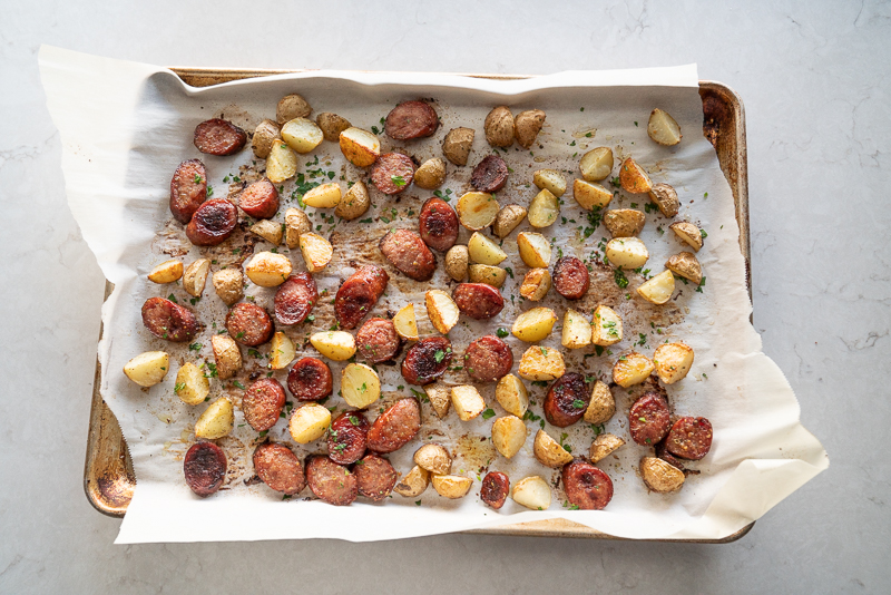 A super easy 30 minute dinner idea: sheet pan kielbasa sausage and potato dinner. www.mountainmamacooks.com