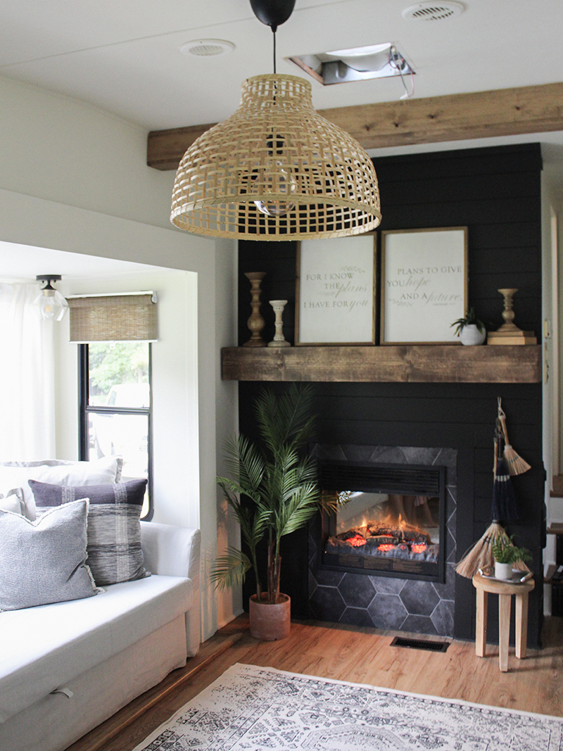 This Remodeled Rv Has The Coziest Fireplace You Ve Ever Seen