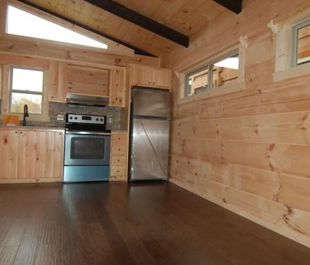 Std Hickory Engineered Hardwood (Lorino)
