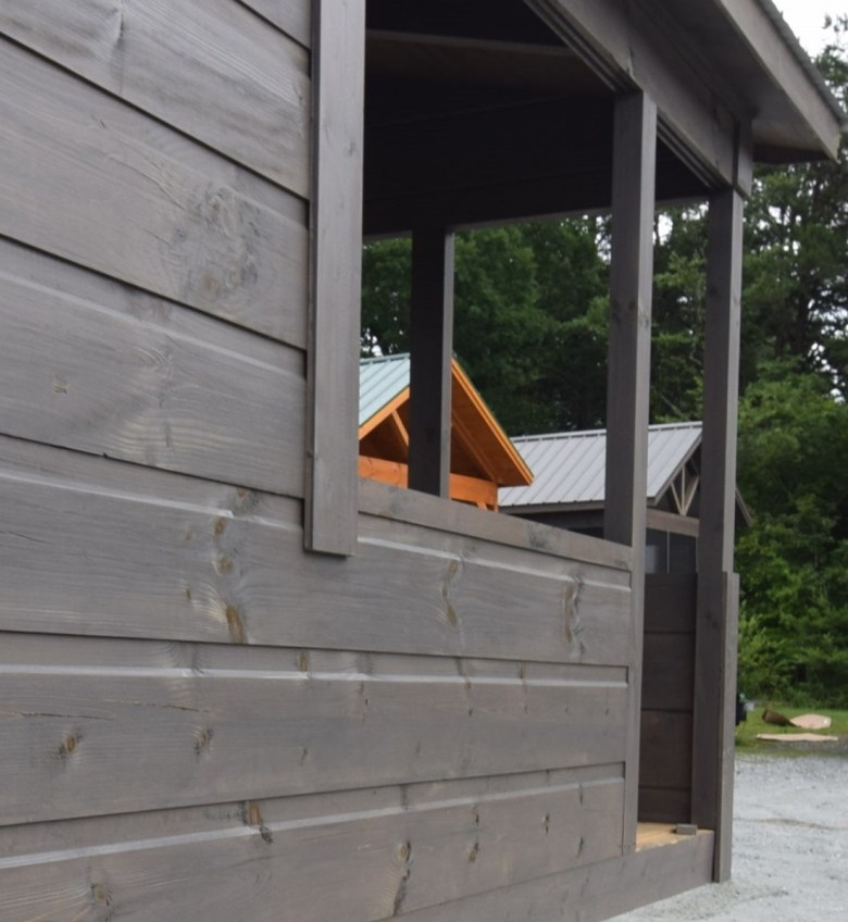 10 ft porch 3 logs high