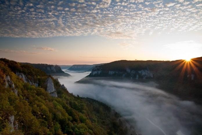 Laat je verrassen door de Jonge Donau. Foto: Schwaebische Alb Tourismus Alexander Schnuren