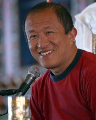 Dzongsar Jamyang Khyentse RinpocheDzongsar Jamyang Khyentse Rinpoche