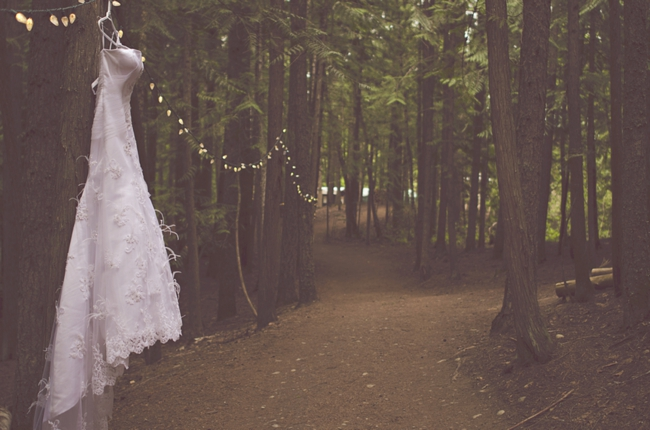 DIY British Columbia Wedding with Feather, Pinecone, and Pearl Details