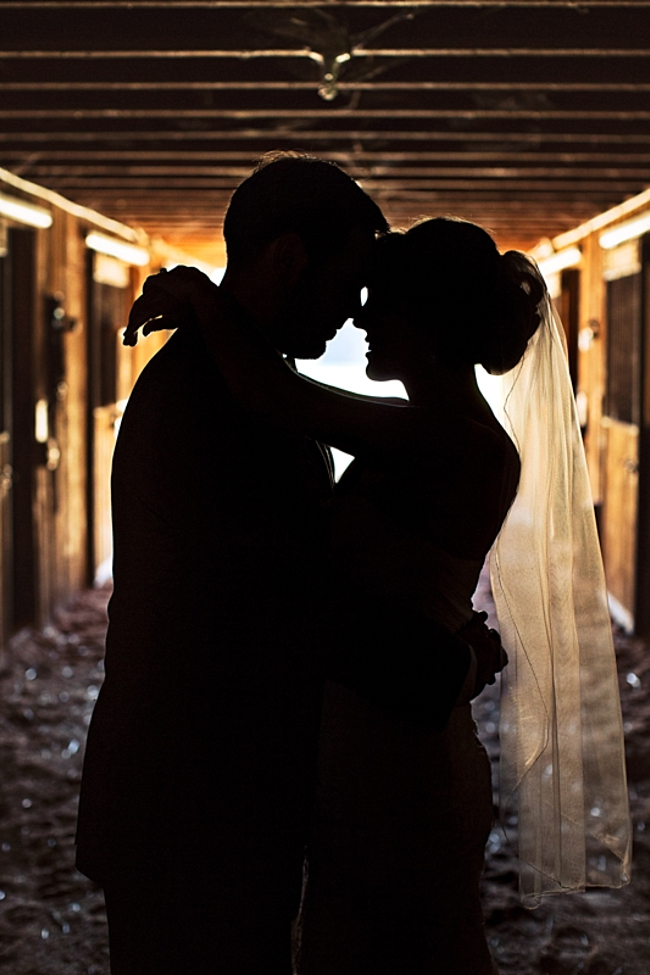 bride and groom silhouette rustic chic wedding via http://mountainsidebride.com