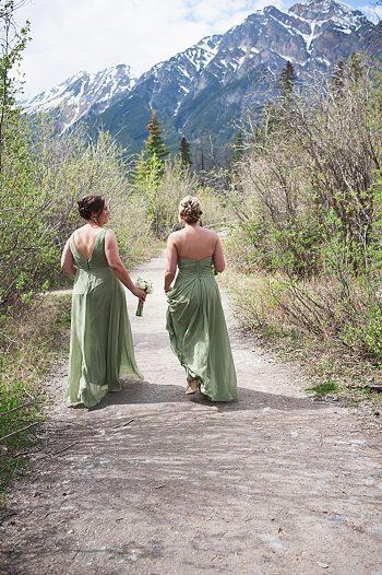 bridesmaids   Pyramid Lake wedding   Jarusha Brown Photography