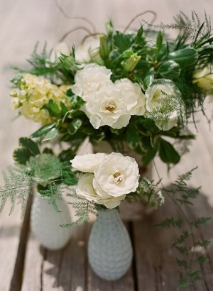 Romantic white wedding flowers in milk glass | Dunton Hot Springs Wedding |Laura Murray-0003
