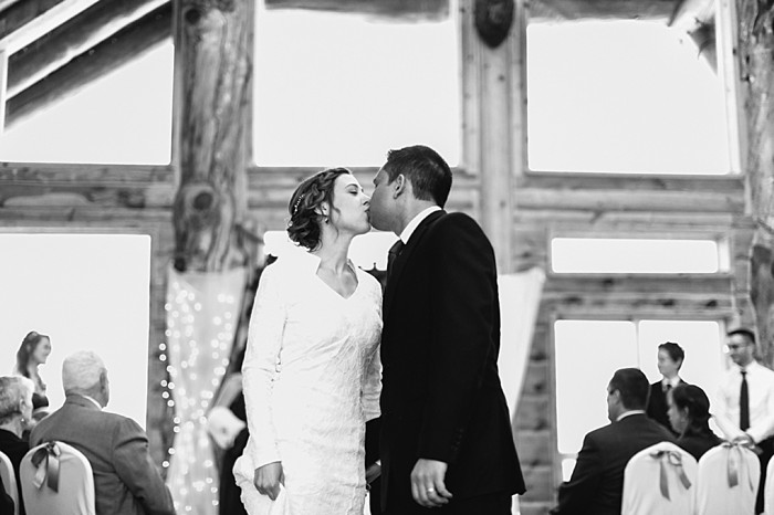 ceremony |Frozen Winter Utah Mountain Wedding | Meg Ruth Photo