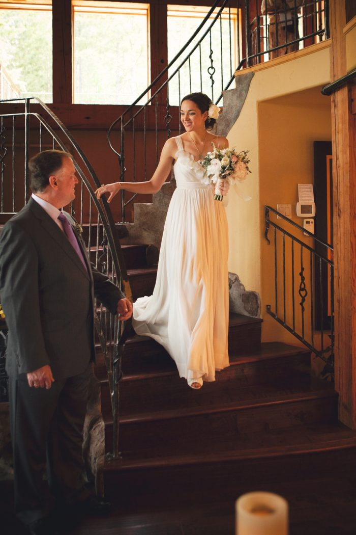 12 Ceremony Ceremony Sandpoint Idaho Mountain Wedding Amy Galbraith Photography   Via MountainsideBride.com