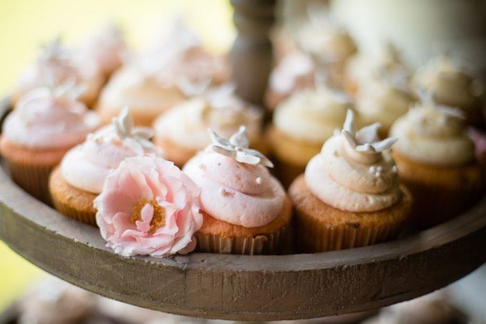 Cupcakes | Pure Water Farm Wedding Tennessee | JoPhoto | Via MountainsideBride.com