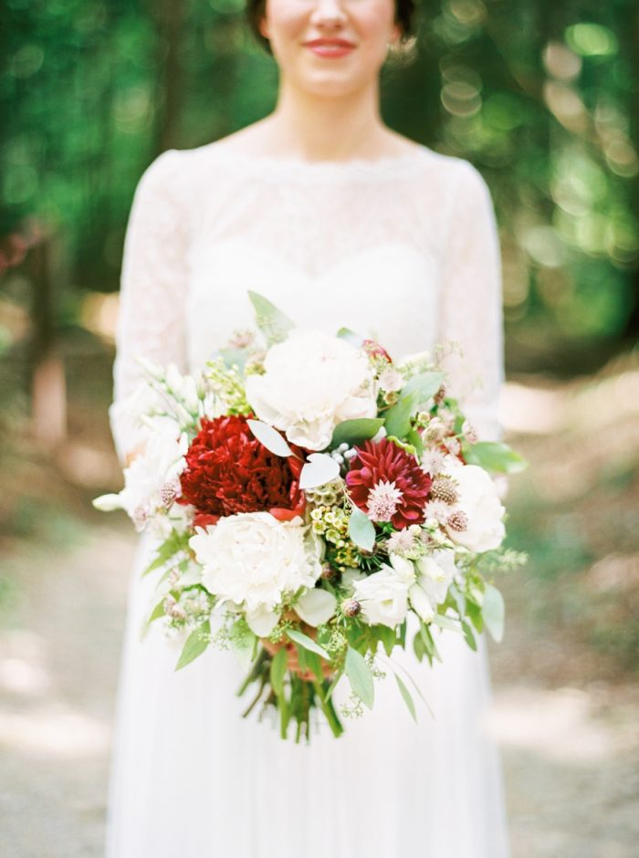 10 Spence Cabin Intimate Wedding | JoPhoto | Via MountainsideBride.com