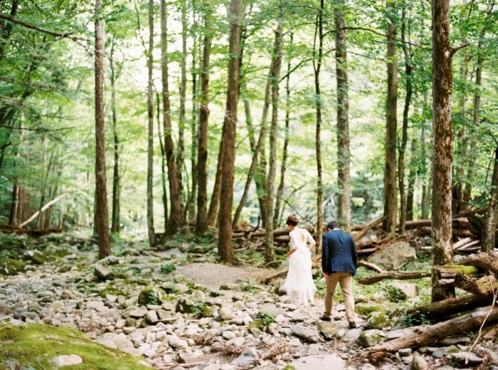 22 Spence Cabin Intimate Wedding | JoPhoto | Via MountainsideBride.com