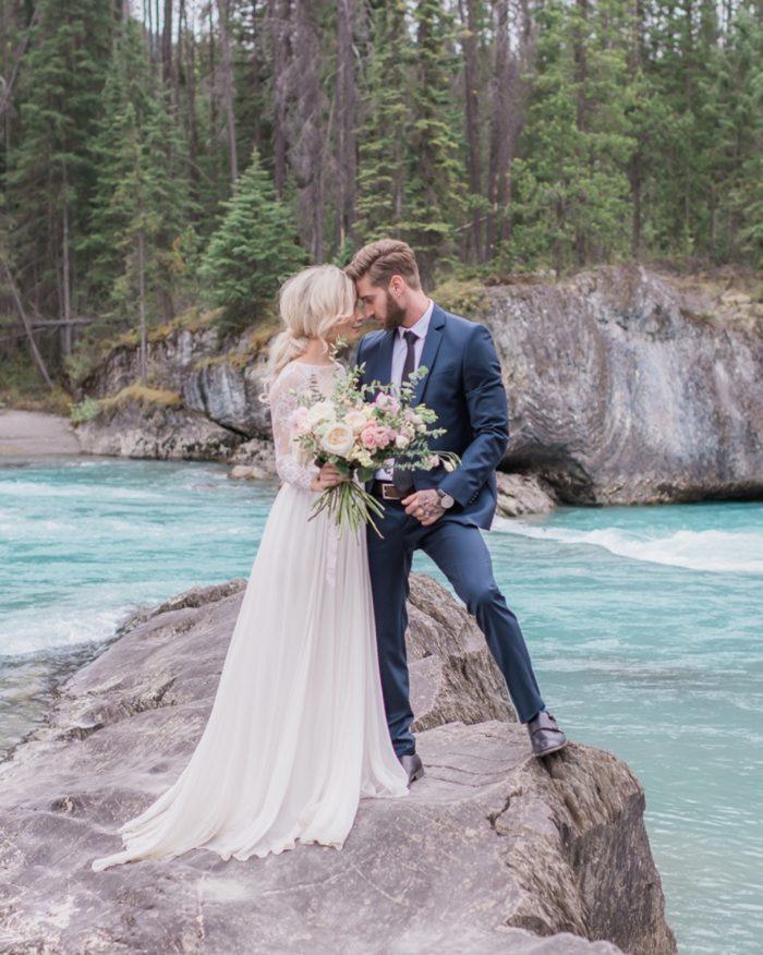 26 Emerald Lake Canadiian Rocky Mountain Styled Shoot