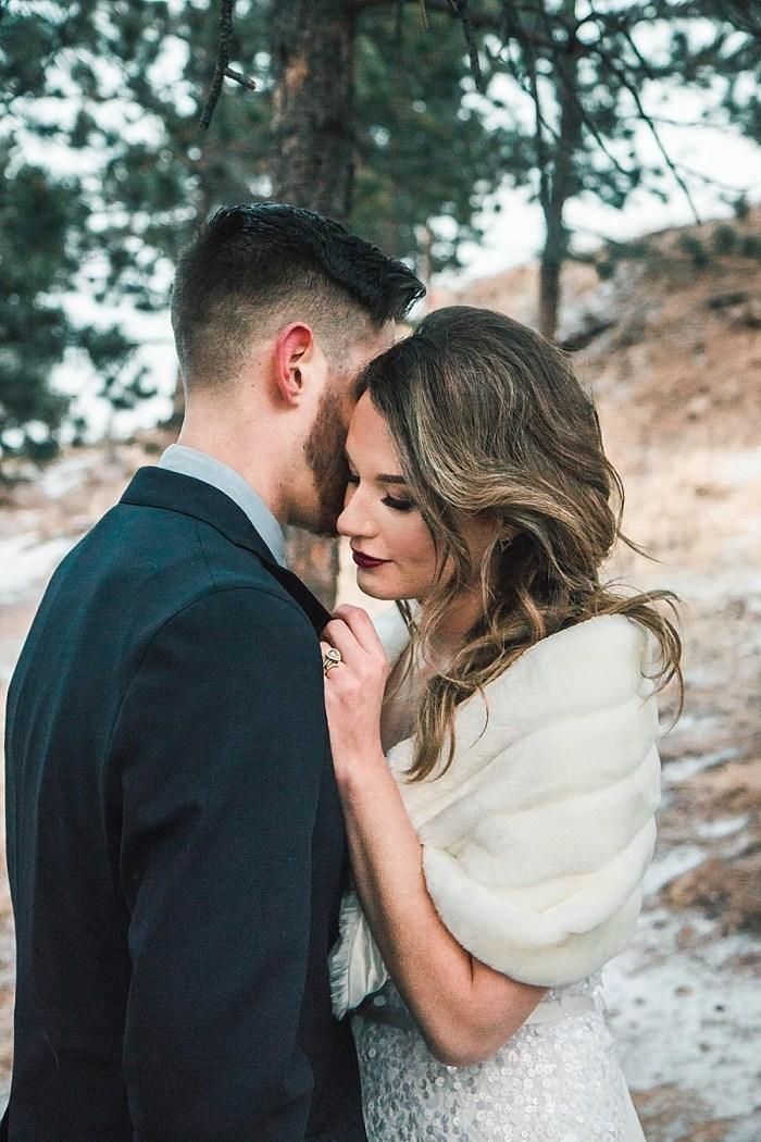 19 LookOut Mountain Colorado Bridal Shoot | Kyle Loves Tori Photography | Via MountainsideBride.com