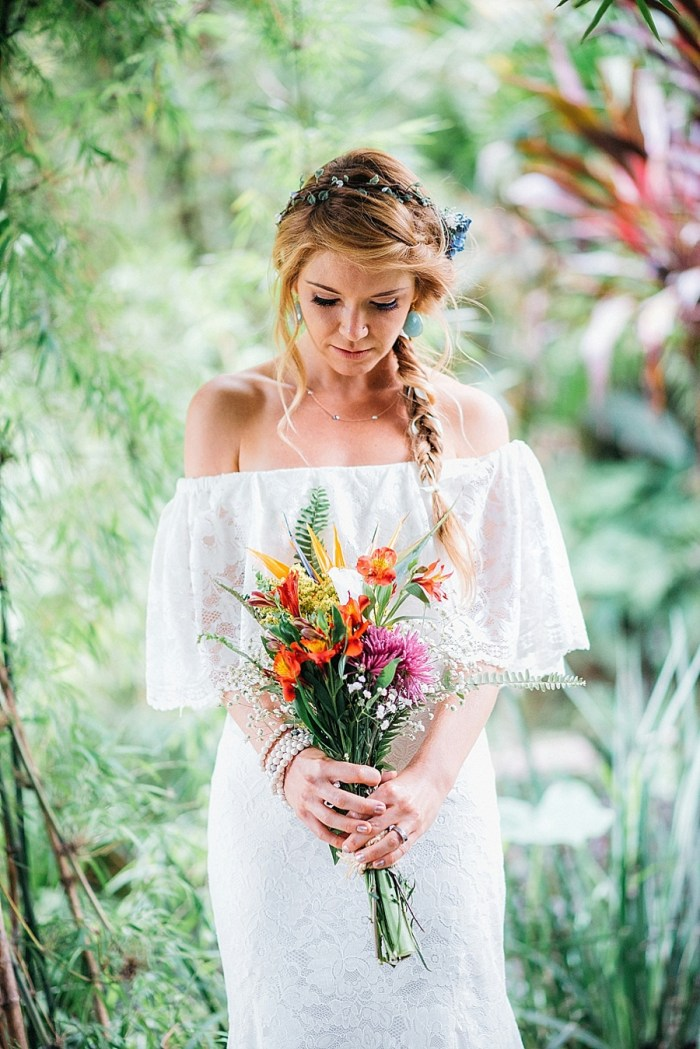 Tropical Holiday Wedding in the Mountains of Guatemala