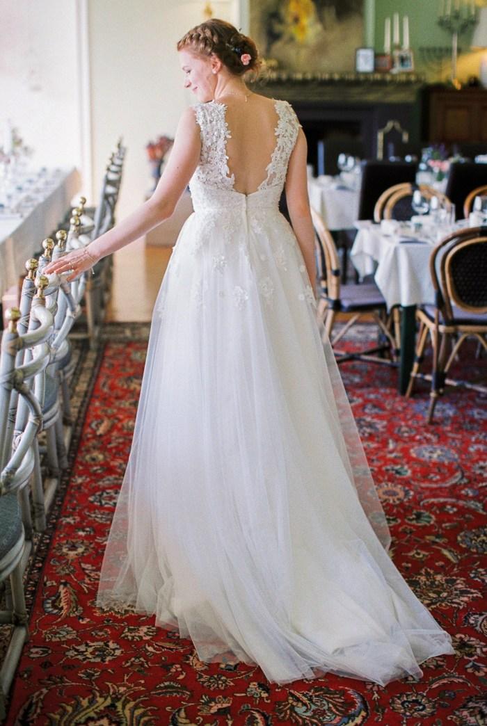 21 Couple Colorful Austrian Wedding Theresa Pewal Via MountainsideBride.com