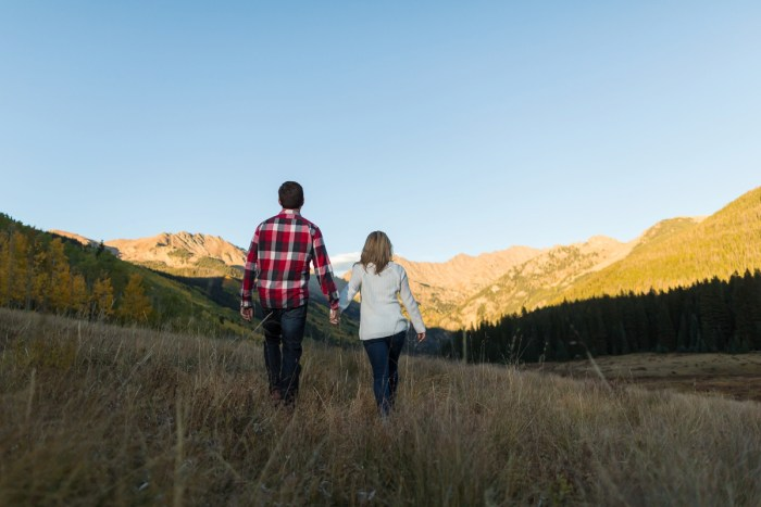 23 Fall Engagement In Vail Colorado Bergreen Photography Via MountainsideBride