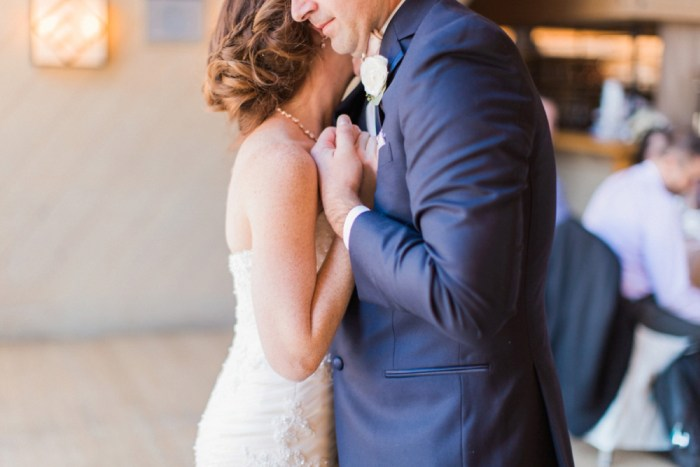 22 Timberline Lodge Oregon Susie And Will Photography Via MountainsideBride.com