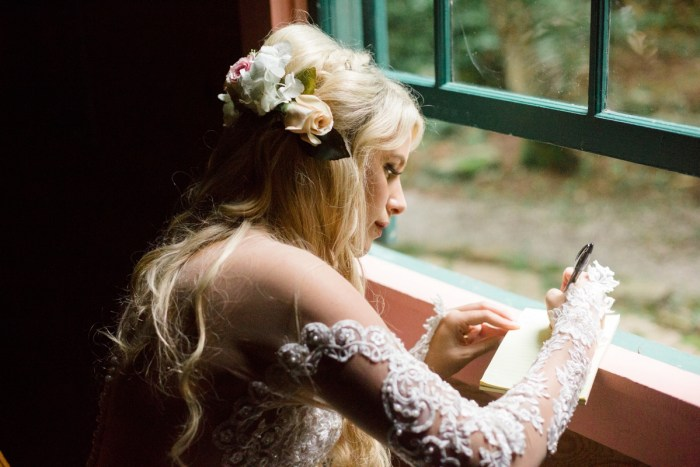 5 Roan Mountain Wedding JoPhotos Via Mountainsidebride.com