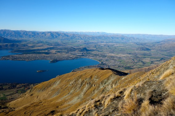 Looking on our home for the season: Wanaka