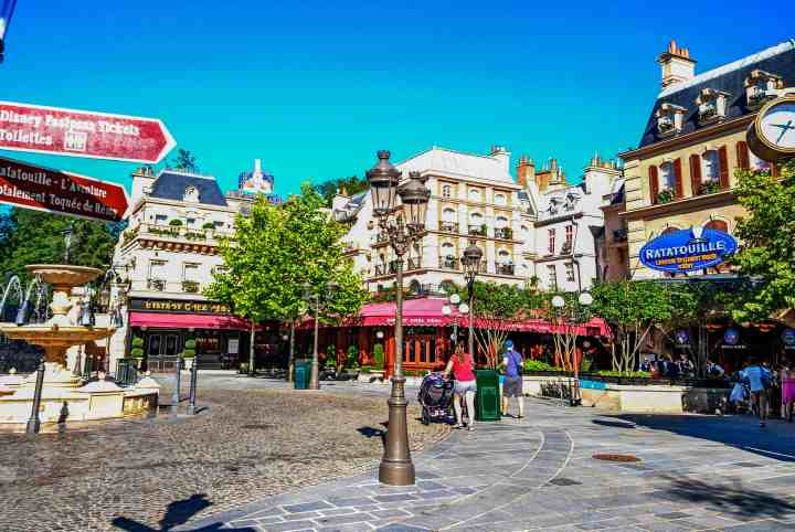 La Place de Rémy mini-land