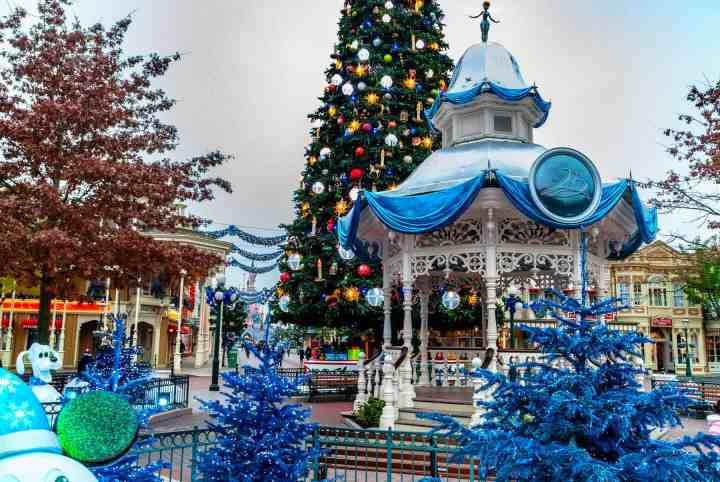 Disneyland Paris At Christmas 2019.Disneyland Paris Trip Planning Guide Mouse Travel Matters