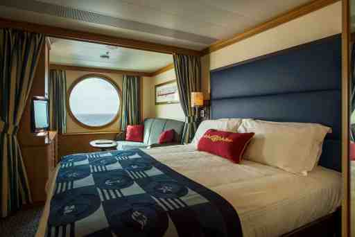 Disney Cruise Line Stateroom Selection. Picking a stateroom doesn't have to be difficult. Find the specs, ins and outs of each room, budget questions and room configuration to see which stateroom is best for your vacation #disneycruiseline #disneycruise #cruise #staterooms #rooms #budget