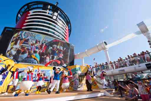 2018 Disney Cruise Line Planning Guide. Everything you need to know about Disney Cruise Line with kids or as a couple. #dcl #disneycruiseline #cruise #disneycruise #cruisewithkids #destinationguide