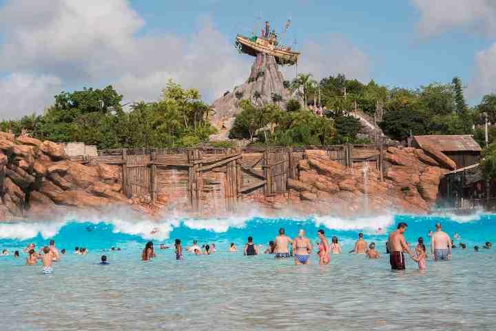 A complete guide to Disney's Typhoon Lagoon water park #disneyworld #disneyparks #typhoonlagoon