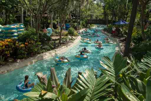 Looking for Disney Water park tips? We have everything you need for a fun time at Blizzard Beach and Typhoon Lagoon. Which one should YOU choose? | | Disney Water park tips | Typhoon Lagoon | Blizzard Beach | #waltdisneyworld #disney #disneyparks #disneyworld #disneytips #blizzardbeach #typhoonlagoon