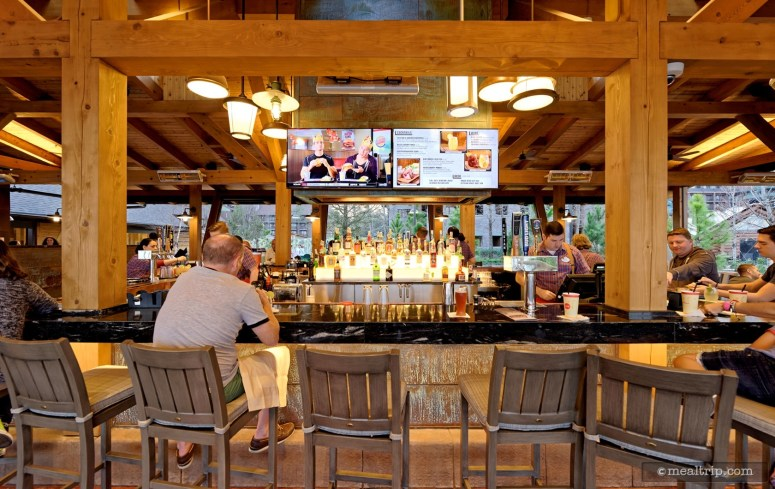 the-bar-at-geyser-point-bar-and-grill