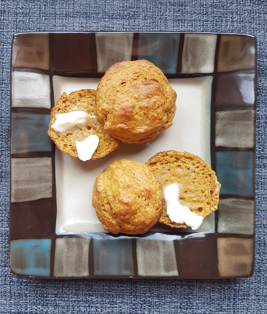 pumpkin-muffins-recipe-at-mouthhalffull