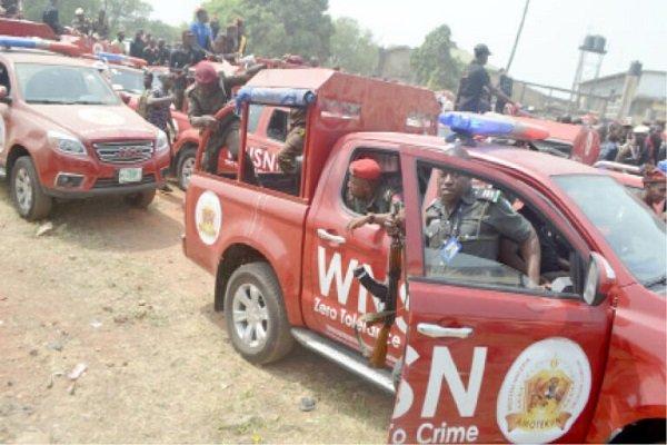 BREAKING: Seven feared dead as Amotekun, herdsmen clash in Oyo